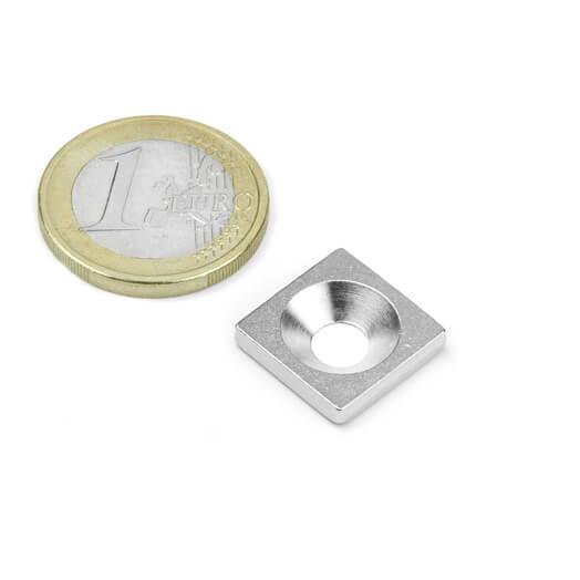 Undersænket metalbase 15x15x3 mm