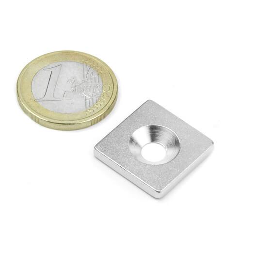 Undersænket metalbase 20x20x3 mm