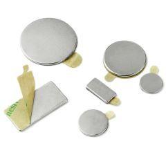 selvklæbende magneter